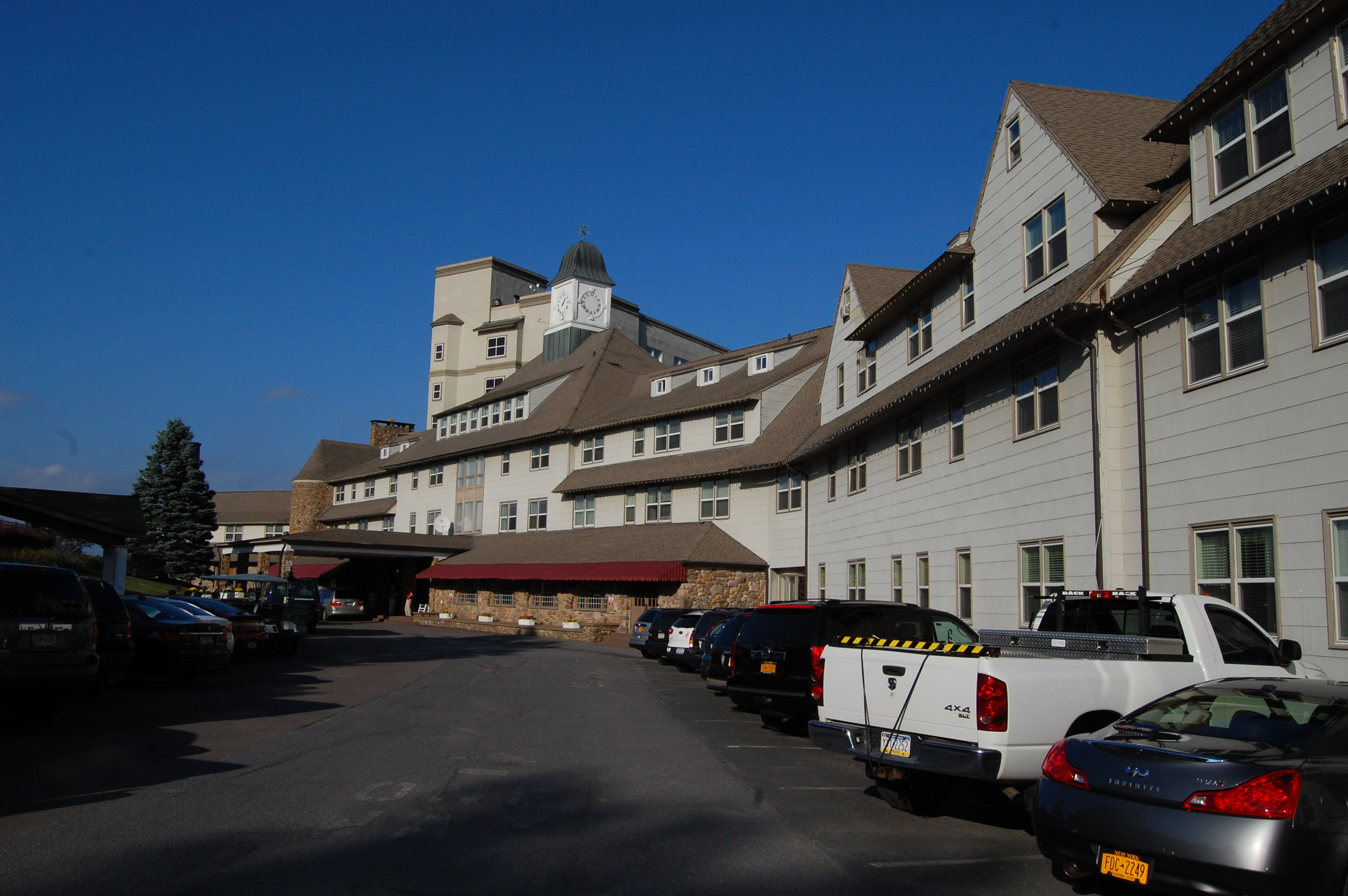 pocono manor Pocono manor is an unincorporated community in monroe county, pennsylvania, united states, located at approximately latitude 411 and longitude -75359, at an elevation of 1,706 feet, on.